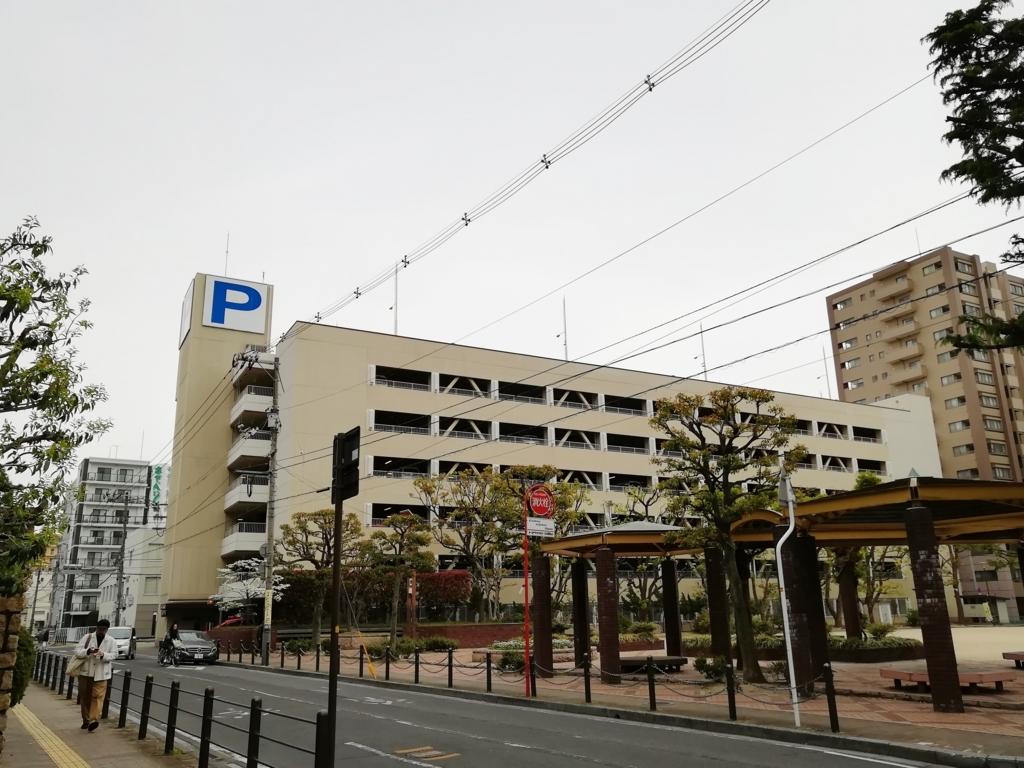鹿田駐車場外観