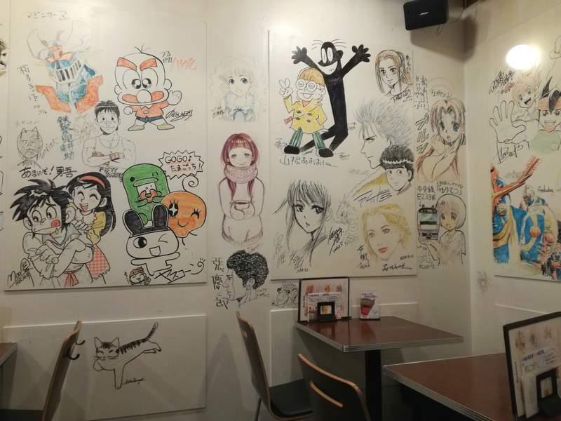 荻窪 イナズマカフェ 店内の壁2