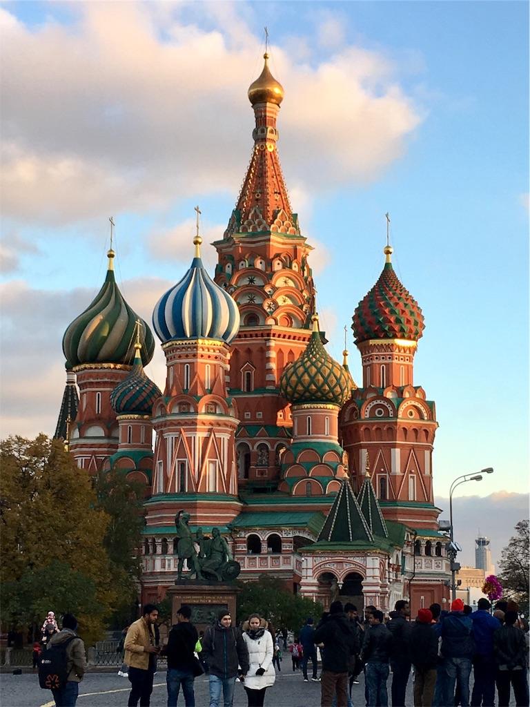 モスクワの赤の広場の聖ワシリー教会