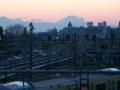 [三鷹]20081223 三鷹電車区跨線橋 日没直後の富士山