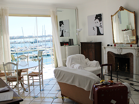 cannes apartment 2.jpg