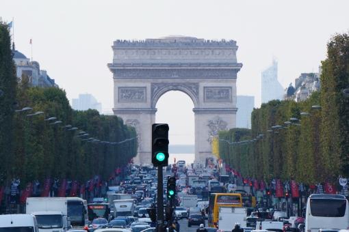 狭き門のイメージ凱旋門