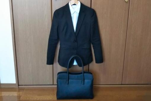 事前準備したスーツ