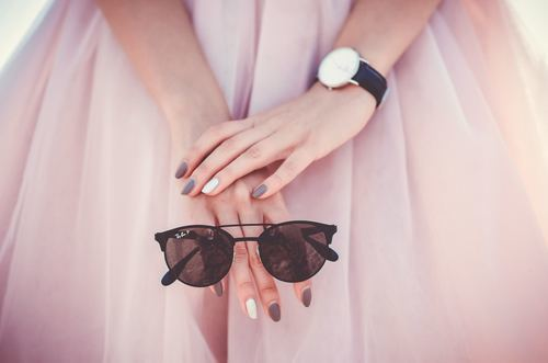 この春の流行ファッションくすみパステル!おすすめアイテム