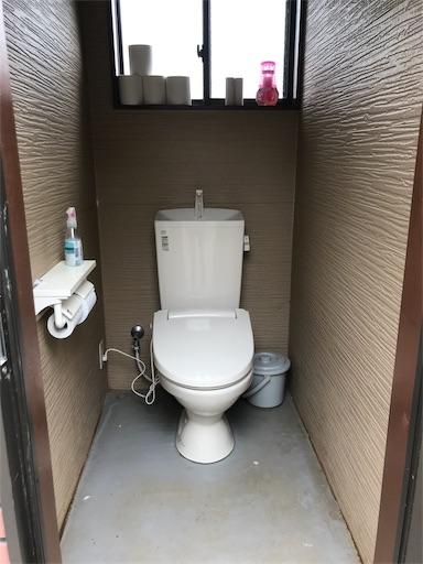 森のまきばオートキャンプ場の女子トイレの中