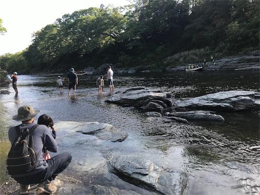 長瀞オートキャンプ場で川遊び