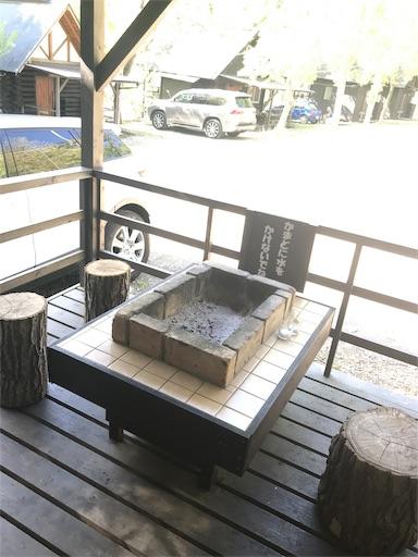 長瀞オートキャンプ場のグランピングのBBQテラス