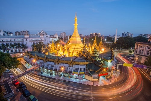 ミャンマーの軍事派と民主派の対立。なぜ首都でバイクが禁止されるのか