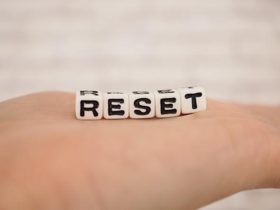 「RESET」