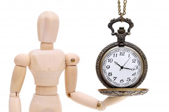 懐中時計と人形