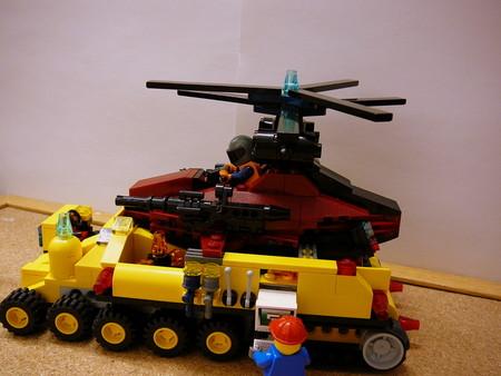 偵察用ヘリ輸送トラック 009