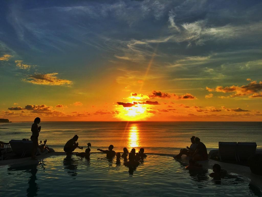 バリ島デートはel Kabron一点賭け インド洋で一番美しいサンセットを