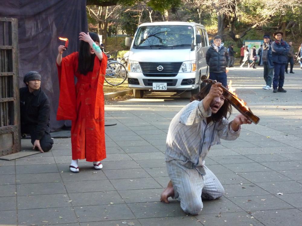 上野公園 さすらい姉妹