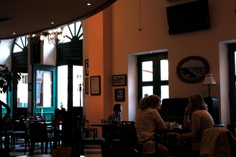 Split_cafe