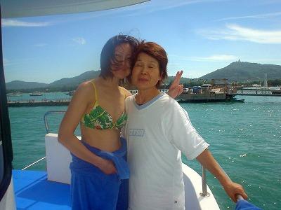 https://cdn-ak.f.st-hatena.com/images/fotolife/p/phuket_bluemarine/20190825/20190825161759.jpg
