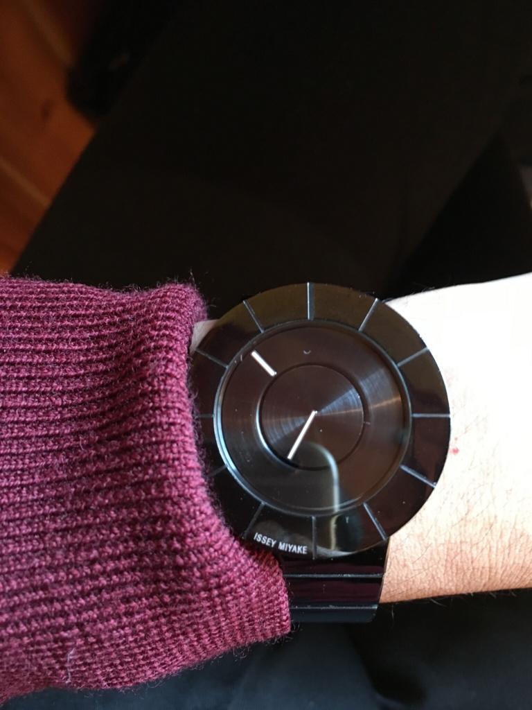 issey miyakeの時計1