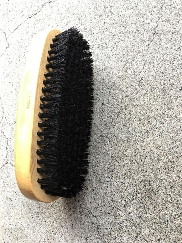 靴磨きブラシ