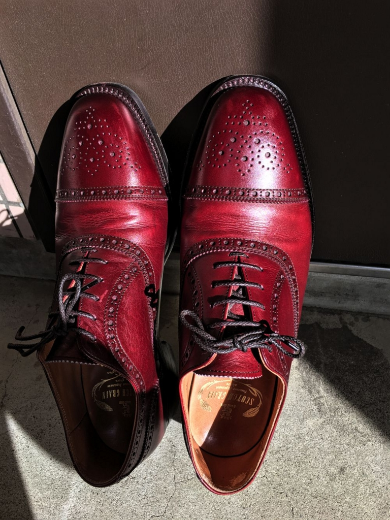 磨いた後のスコッチグレインの靴3