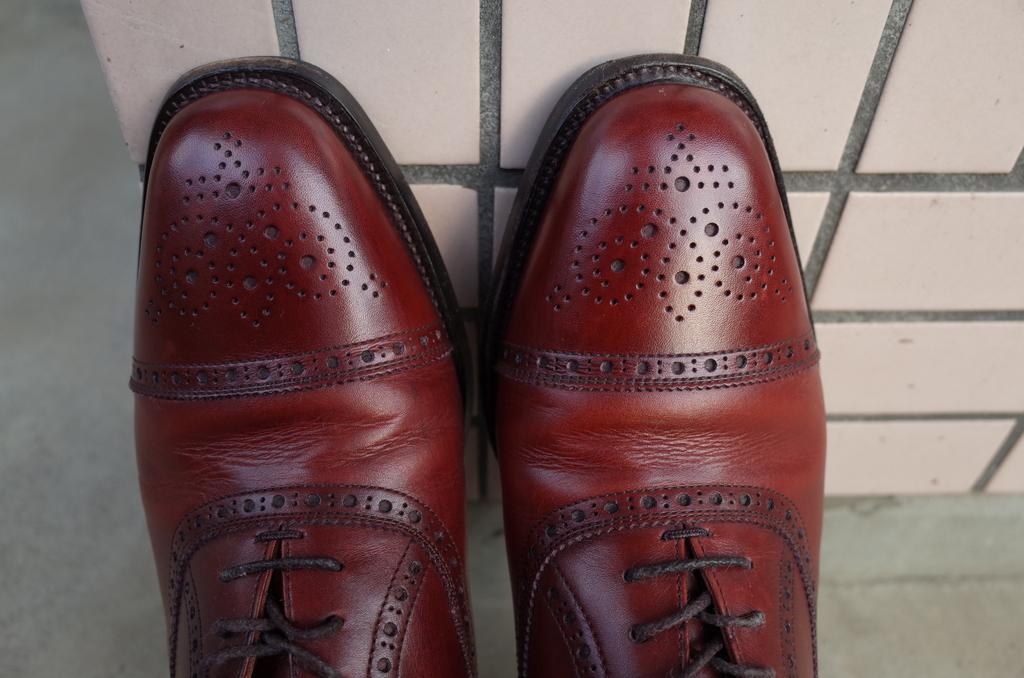 光り輝く靴
