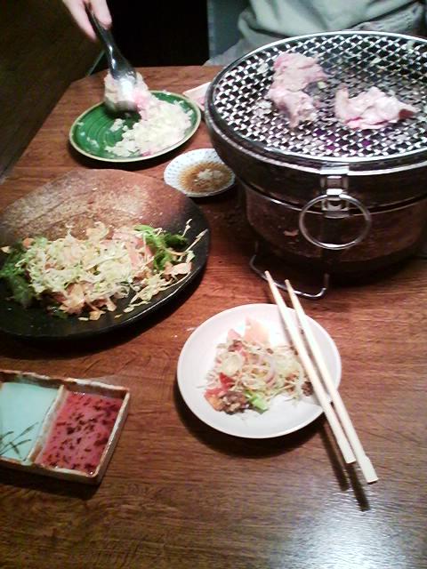 浜田山で早めの夕飯なう 七輪なう