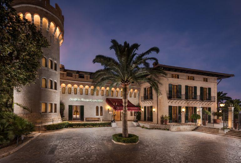 カスティロホテルの外観