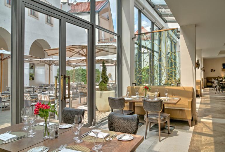 オーガスティン,ラグジュアリーコレクションホテル,プラハのレストラン