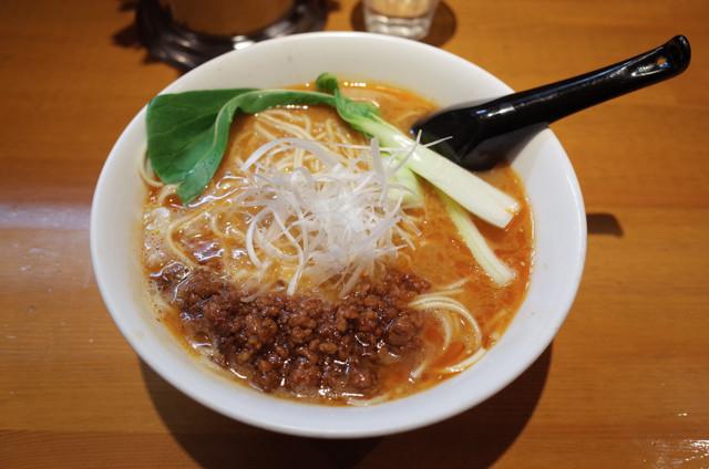 アオゾラメンポ担々麺