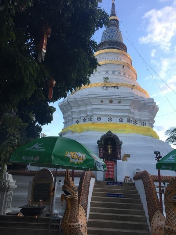 leaning pagoda