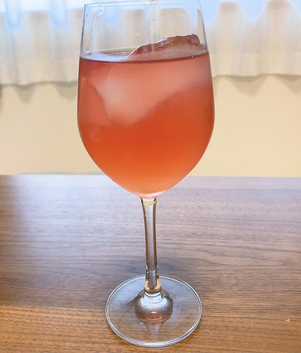 オリジナルカクテル グラスに入れる