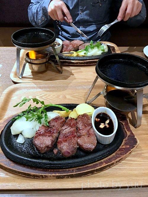 ベーカリーレストランBAQETの2000円ステーキ