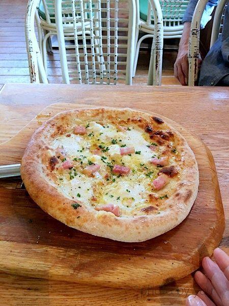 都城市珈琲館のピザ食べた感想