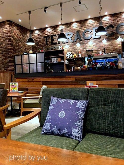日南のカフェでおしゃれなテラスコーヒー