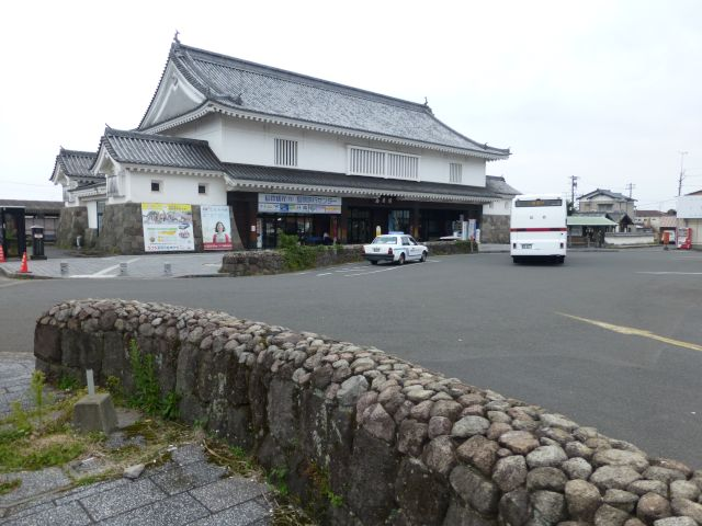 f:id:piro-yu:20170330000229j:plain