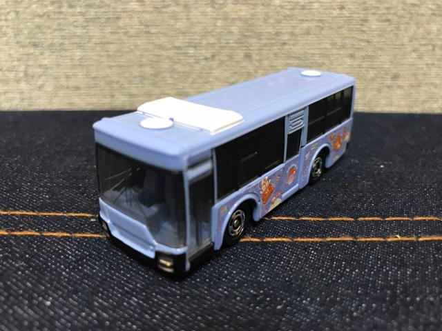 トミカNO.8 三菱ふそう エアロスター 立川バス×リラックマ