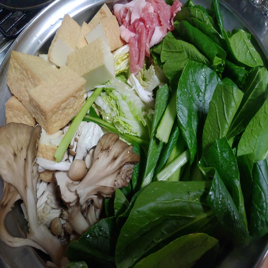 夕食の寄せ鍋