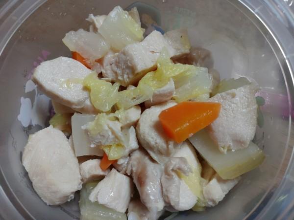 野菜、鶏肉の煮込み