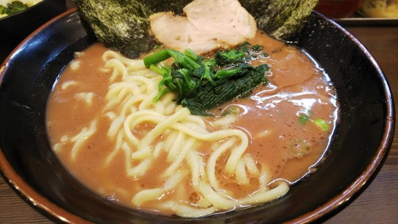 早稲田で一番人気の武道家のラーメン