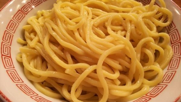 黄金色の麺