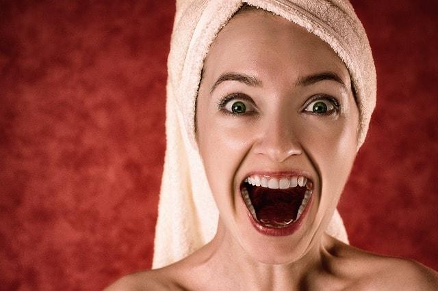 ホットヨガはなぜ美肌に効果があるの?