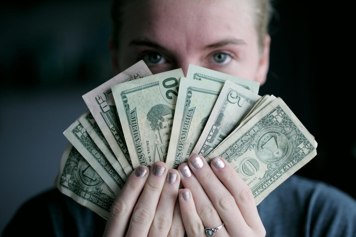 お金の話をしない