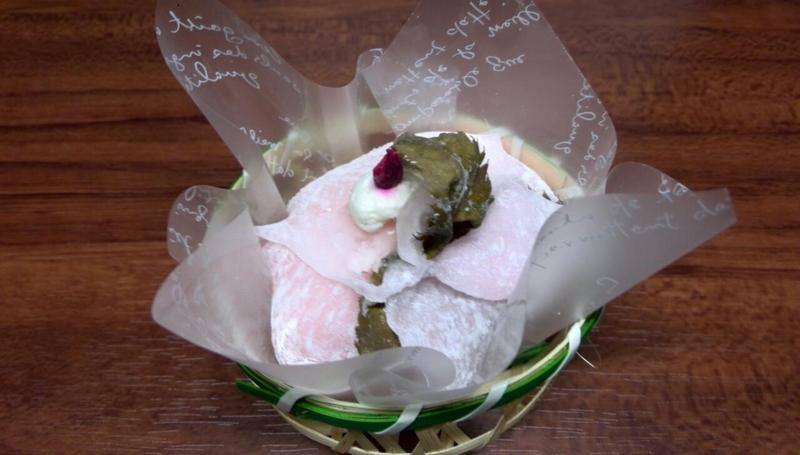 夜は桜餅ケーキ!
