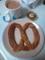 プレッツェルで朝食