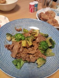 牛肉とブロッコリーのオイスター炒め