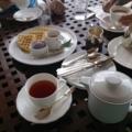 紅茶とワッフル(万国津梁館)