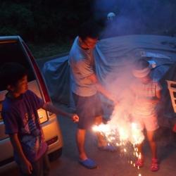 近所のお兄ちゃんと花火