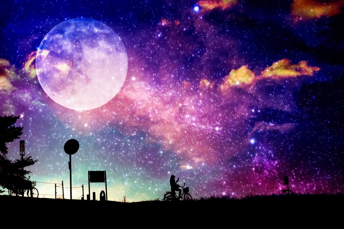 美しい月明かり