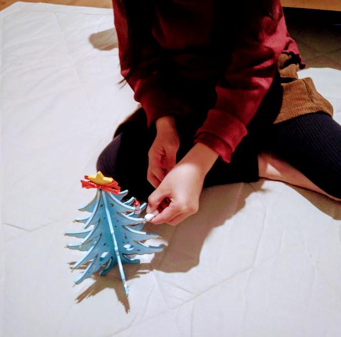 ダイソーの木製ミニツリー