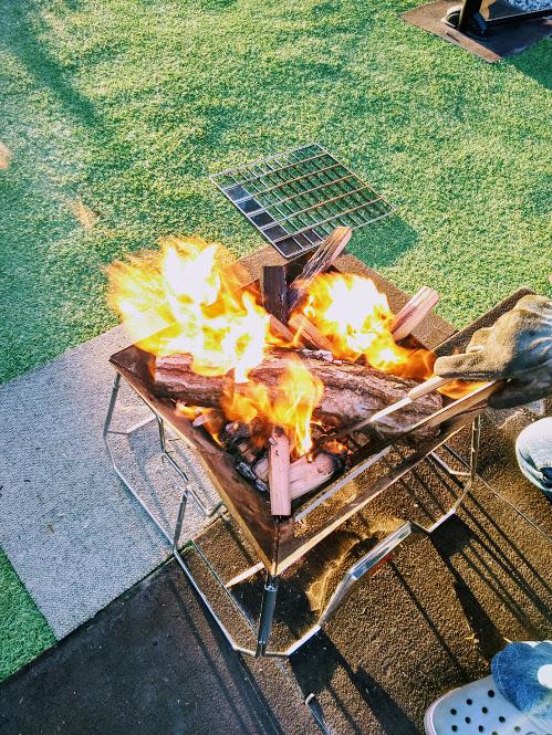 焚火 キャンプ