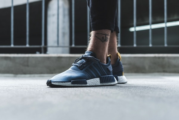 the latest 77ca2 8b082 10月21日発売】ADIDAS NMD R1(S31514、S31515、S81881 ...