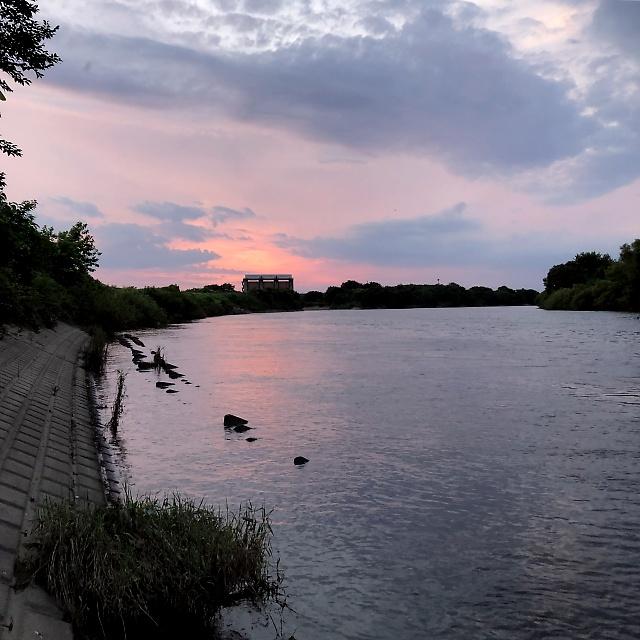 渡良瀬川の夕暮れ